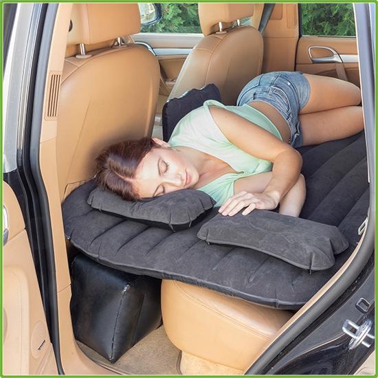 Felfújható matrac autóba